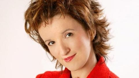 http://media.paperblog.fr/i/413/4138369/anne-roumanoff-direct-sur-tf1-25-juin-2011-L-17vpTa.jpeg