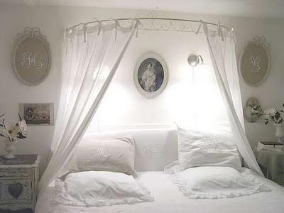 faire un lit baldaquin soi meme - inspiration du blog