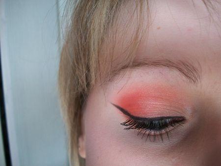 make_up_013