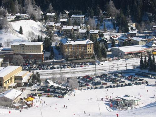S jour au ski pas cher avec hostelbookers 10 stations de for Motel pas chere