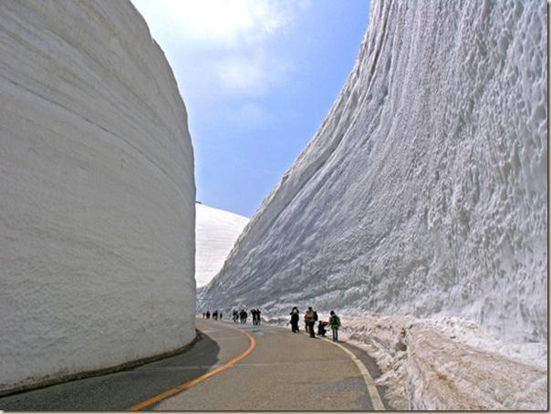 15-metres-neige-sur-route-L-M6EsVZ.jpeg (604×454)