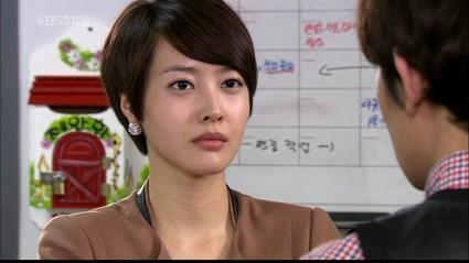 k-drama-pilote-president-bataille-maison-bleu-L-yDA3QB.jpeg