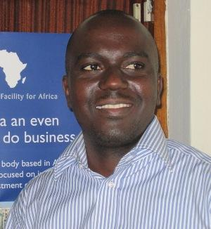 La Bourse d'Abidjan voit rouge – Interview du Dr Euclide Okolou, chroniqueur boursier