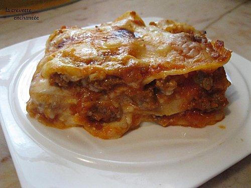 lasagne la sauce bolognaise et viande hach e paperblog. Black Bedroom Furniture Sets. Home Design Ideas