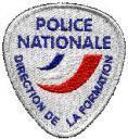 policier déguisait femme pour jouer dame compagnie