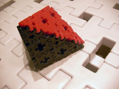 Pyramide SG-carpenter block mini