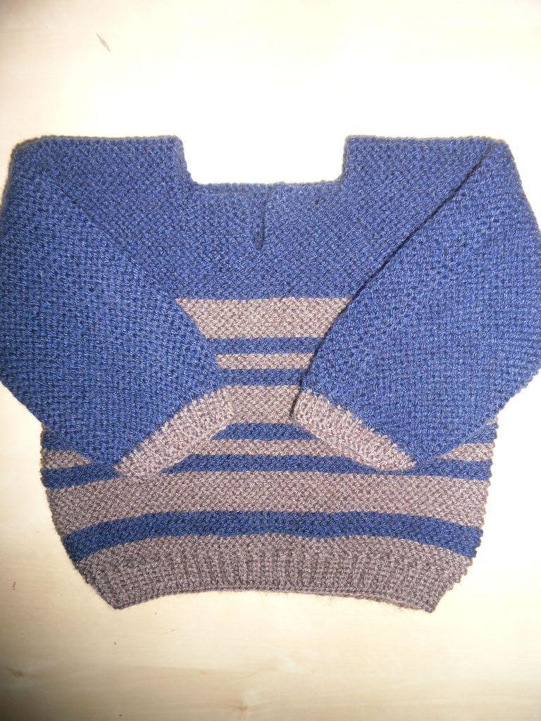 tricoter un pull pour gar on 6 mois d couvrir. Black Bedroom Furniture Sets. Home Design Ideas