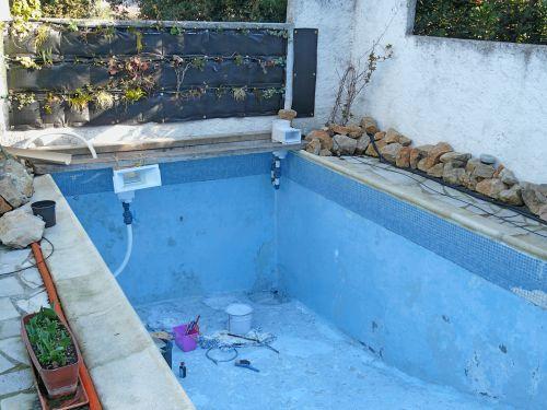 piscine naturelle pose de la membrane d 39 tanch it. Black Bedroom Furniture Sets. Home Design Ideas