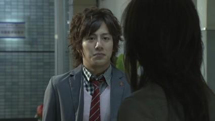 j-drama-boss-serie-policiere-versatile-attach-L-K4agIr.jpeg