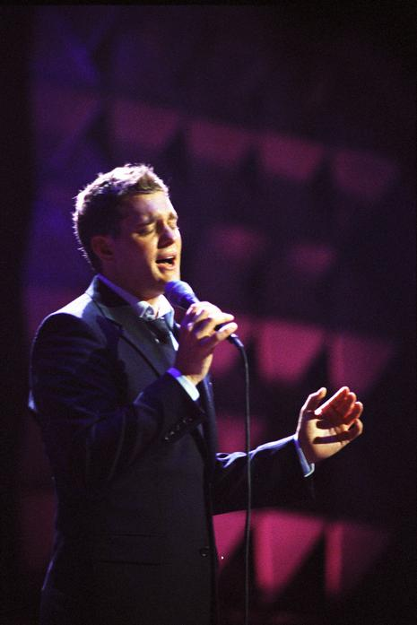 http://www.myetv.org/about_etv/pressroom/highlights/2005/dec/images/buble_2.jpg