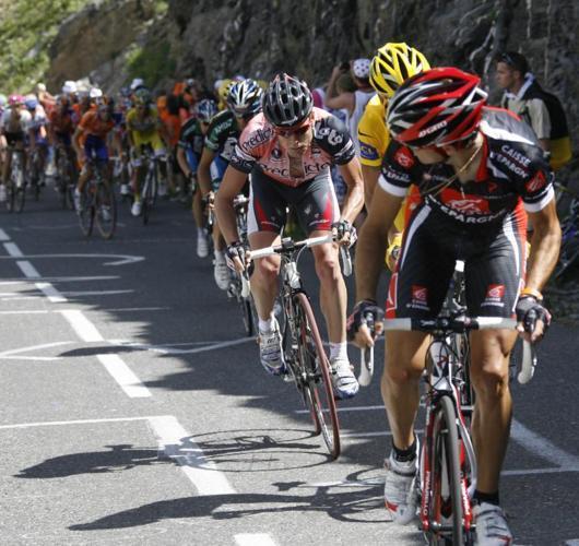 Alejandro Valverde, del equipo Caisse D'Epargne, durante la novena etapa del Tour de Francia disputada entre Val d'Isere y Briançon - EFE - 17/07/2007