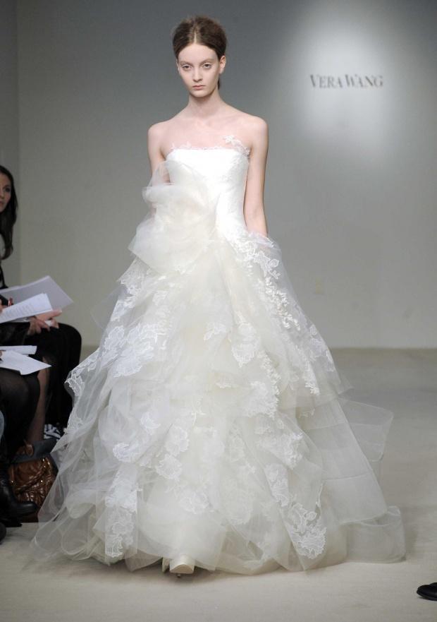 Special mariage la derni re collection de vera wang for Collection de robe de mariage vera wang