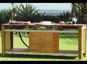 une cuisine extérieure et une table mosaïque jardin assorties, l ... - Meuble Cuisine Exterieur