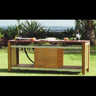 Une table fer forg mosa que ou une cuisine ext rieure for Table de cuisine en fer forge