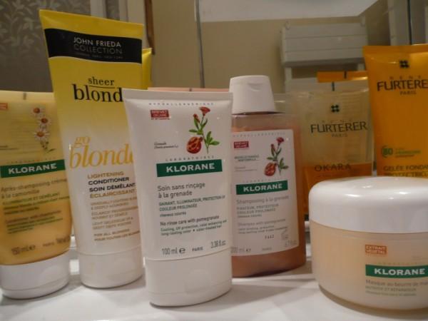 produits pour coloration sur cette photo on trouve des soins pour cheveux blonds - Soin Cheveux Colors Blond