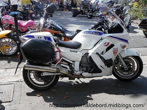 Photos motos de police 1 voir - Jeux de motos de police ...