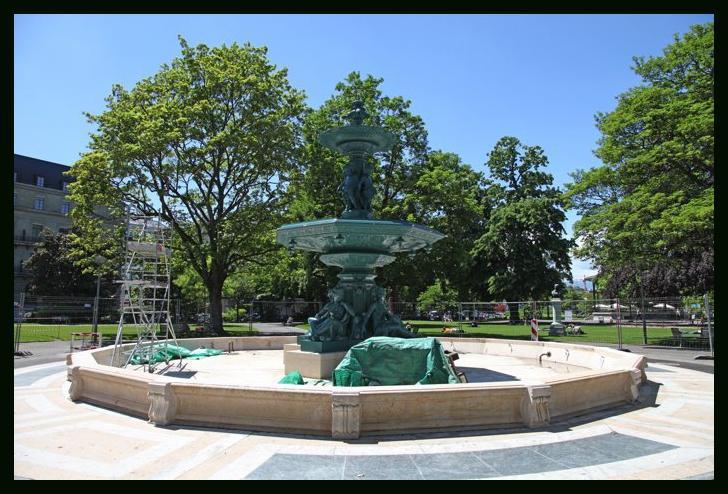 La fontaine du jardin anglais est de retour paperblog for A la verticale du jardin grenoble