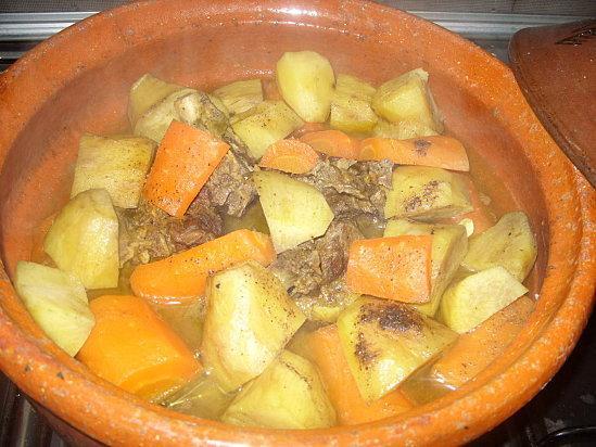 Tajine de veau aux carottes et patates douces d couvrir - Quand recolter les patates douces ...