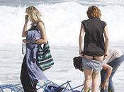 Miley Cyrus prend temps bikini