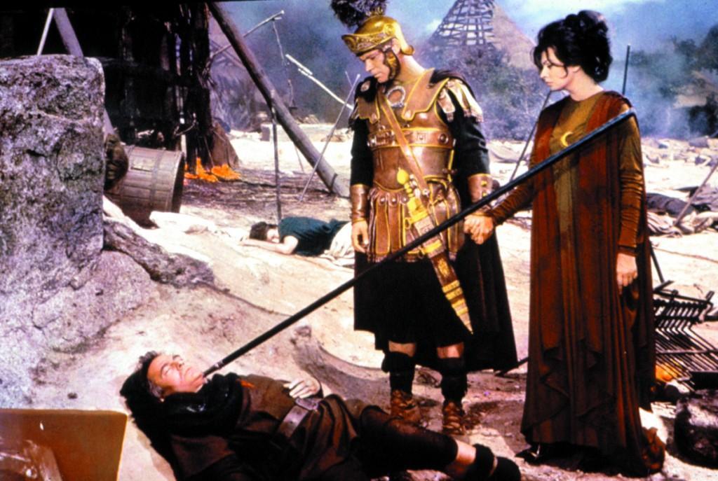 http://media.paperblog.fr/i/456/4568531/culte-dimanche-chute-lempire-romain-L-GQzHPe.jpeg