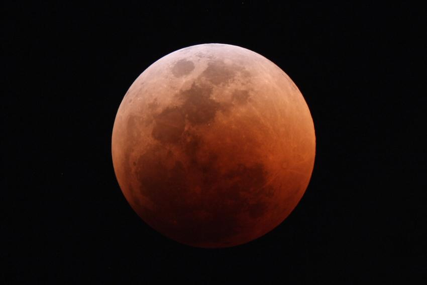 Eclipse de la Lune par Iakovos Marios Strikis