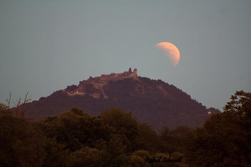 Eclipse totale de la Lune par Rafael Schmall