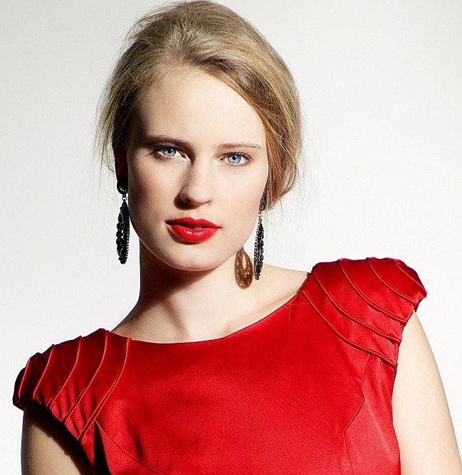 bright-lips-4.jpg