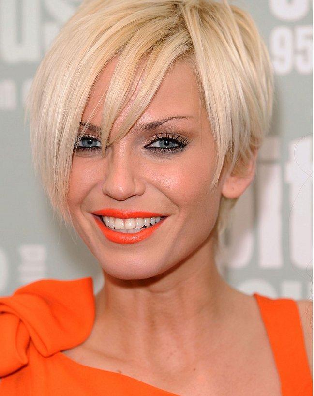 sarah-harding-orange-lipsti.jpg
