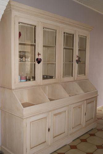 mon nouveau vaisselier paperblog. Black Bedroom Furniture Sets. Home Design Ideas