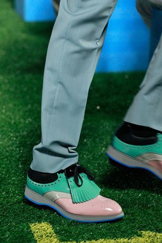 Chaussures Prada 2 10 tendances à retenir des défilés de Milan   Eté 2012