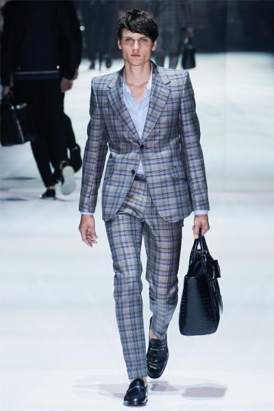 Carreaux Gucci 2 400x600 10 tendances à retenir des défilés de Milan   Eté 2012