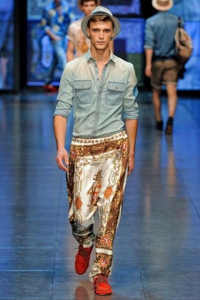 Pantalon DG 400x600 10 tendances à retenir des défilés de Milan   Eté 2012