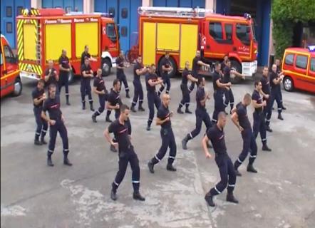 flashmob-pompiers-st-priest.png