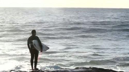 SURF : UNE MISE A L EAU PEU ACADEMIQUE !