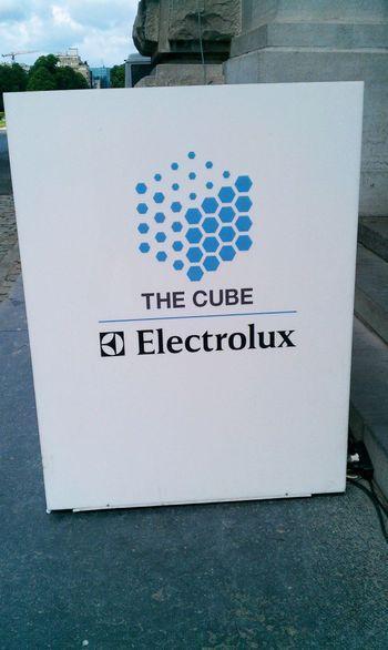 Le cube 0