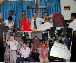 Chrétiens d Algérie 300x249 Algérie : Aucune église ne sera fermée à Béjaïa