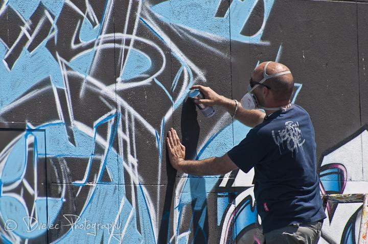 50 graffeurs réhabilitent le hangar 181 à Rouen