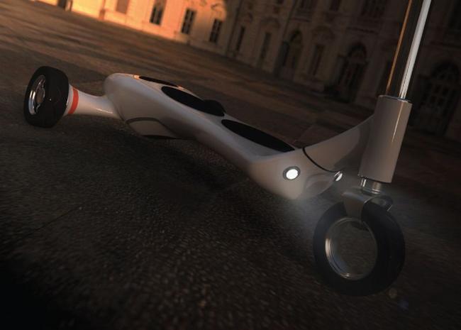Everywhere: Nouveau scooter électrique.