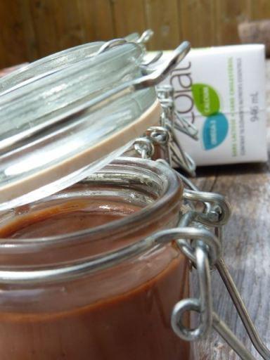 Crèmes et crêpes au lait de soya (soja) bio chocolaté