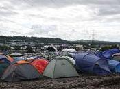 pluie boue s'invitent festival Glastonbury 2011