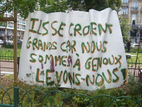 Les Indignés de la Place Richebé à Lille