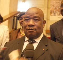 Cameroun Côte d'ivoire: L'ambassadeur de Côte d'Ivoire fait ses adieux