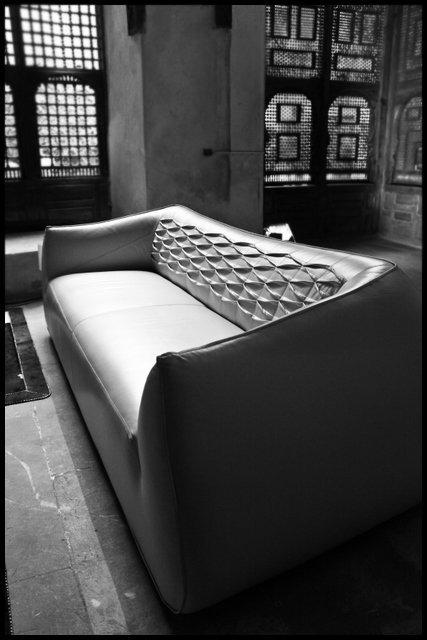 Sofa Marquis - Youssef Nabil - 2