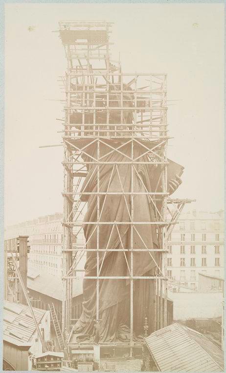 construction statue liberte new york 08 La construction de la Statue de la Liberté à Paris