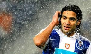 Chelsea : Offre de 30 M€ pour Falcao ?
