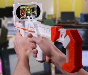 appBlaster 300x253 Des jeux en réalité augmenté sur votre iPhone