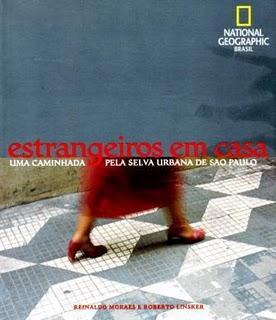 ESTRANGEIROS EM CASA