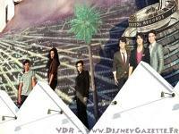 Rob, Kristen et Taylor au Planet Hollywood de Disney Village