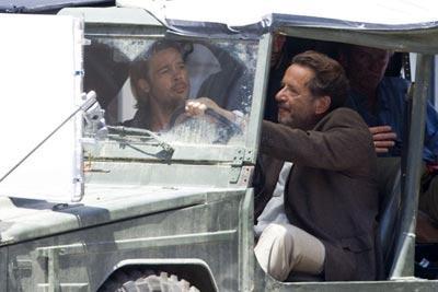 Brad_Pitt_in_a_jeep_UeaqYaJgix-l.jpg