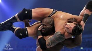 Le leader des Corre Wade Barrett ne parvient pas à récupérer le titre de Champion Intercontinental face à Ezekiel Jackson